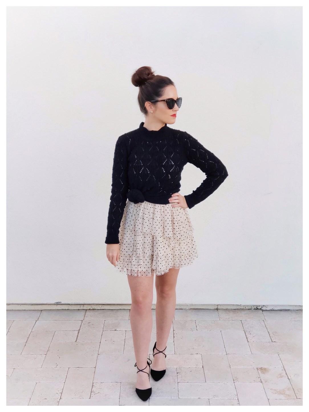 Petite Fashion Blogger Five Foot Feminine in Abercrombie TIERED DOT DRESS