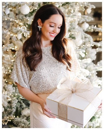 Gift Guide For Her FiveFootFeminine