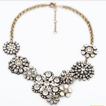 vintage_rhinestone_flower_chunky_statement_necklace_wholesale_1