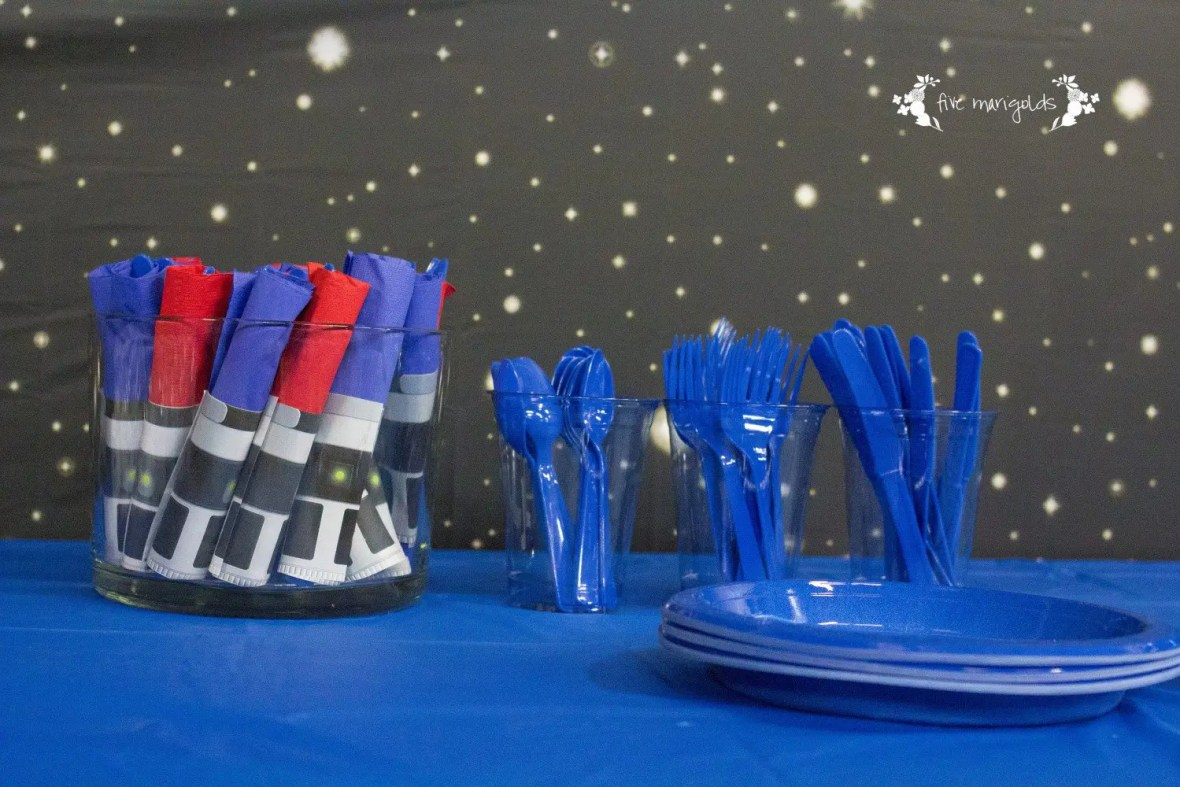Star Wars Birthday Party Boba Fett Buffet Light Saber Napkin Rings | www.fivemarigolds.com