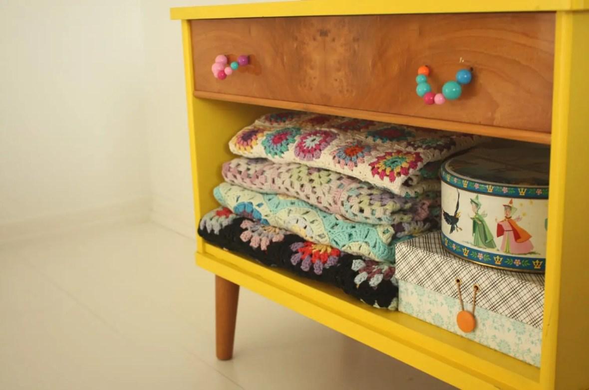 10 Inspiring Ways to Use Vintage Afghans | Five Marigolds