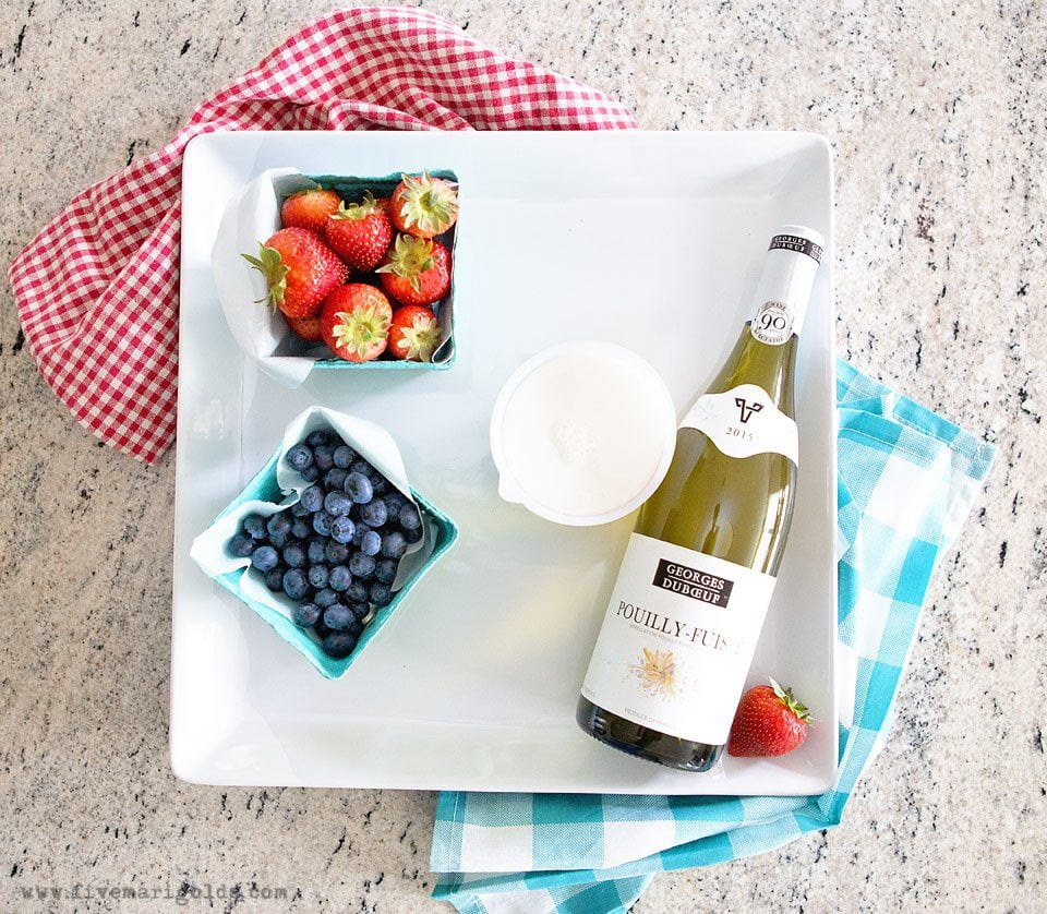 Red White and Blue Popsicles for adults using fruit, cream and your favorite wine.