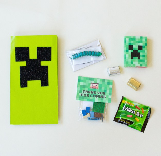 Minecraft Birthday Party Favors. | Five Marigolds