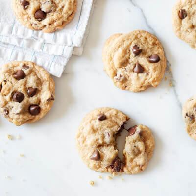 Best Spring & Summer Breakfast, Dinner, Dessert Recipes: Nestle Chocolate Chip Cookies. FivePlates.com