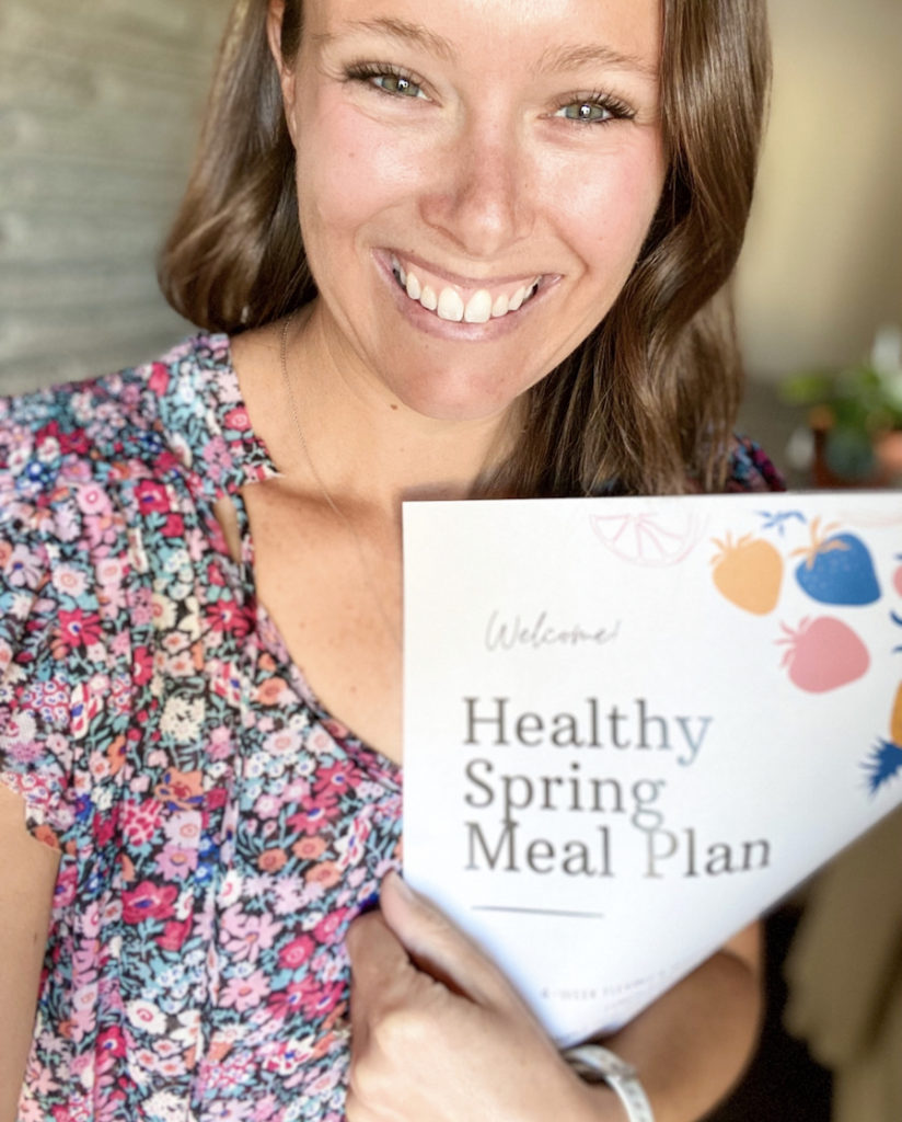 The Spring Meal Plan is here! Join me and we can focus on healthy nutrition and eating together!