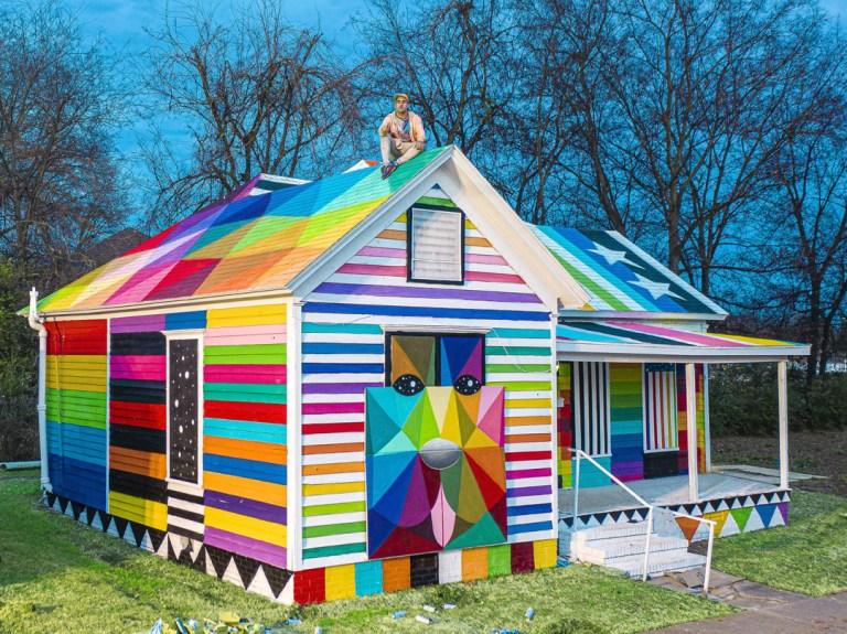 "Artist Okuda San Miguel Brings His ""Rainbow Embassy"" to Arkansas"