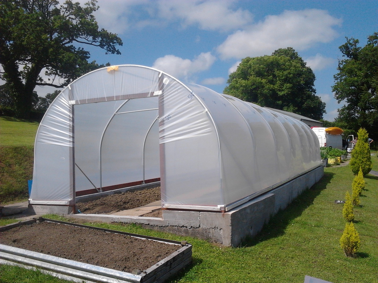 Polytunnel Gardening - Growing Vegetables In Polytunnels