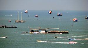 Pattaya-Parasailing-every-day