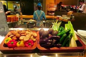 Amazing-Food-Planet-Earth-Volume-one