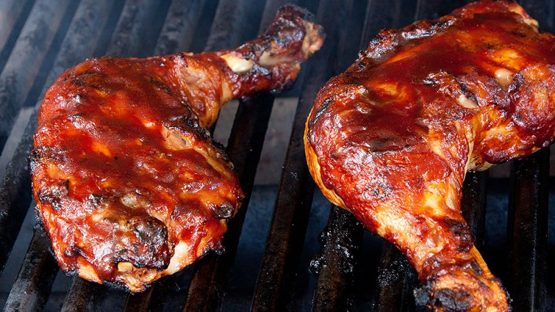 Grill Cheaply This Summer: 10 Recipes You Need Now