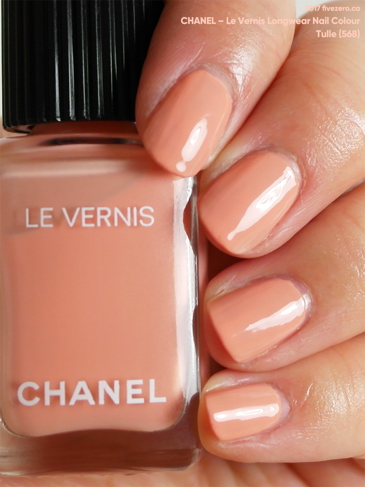 Chanel Le Vernis Longwear Nail Colour in Tulle (568), swatch