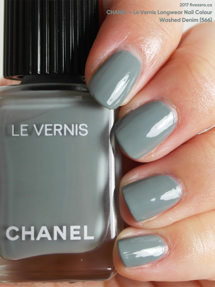Chanel Le Vernis Longwear Nail Colour in Washed Denim (566), swatch