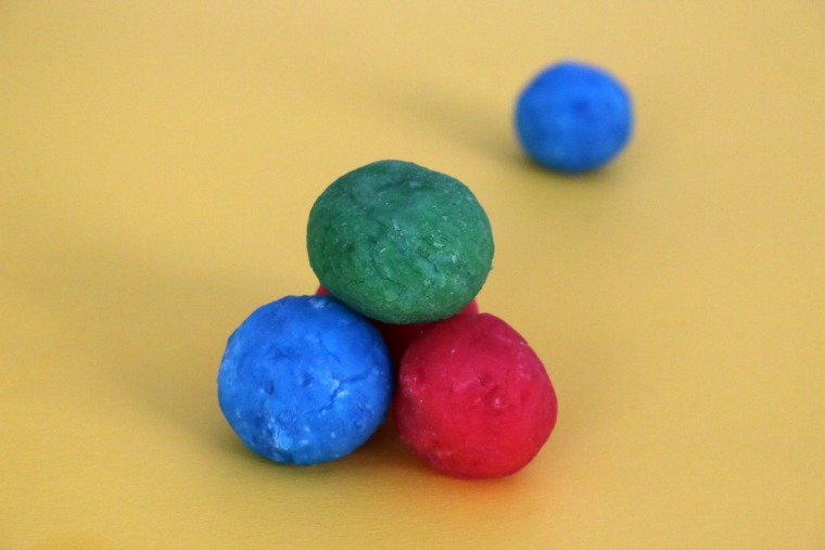 studsiga-bollar-e-jpg.jpg