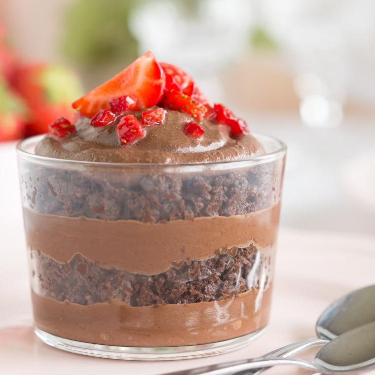 snabb-and-enkel-trifle-med-kladdkaka-och-chokladmousse-av-anna-winer-03-jpg.jpg