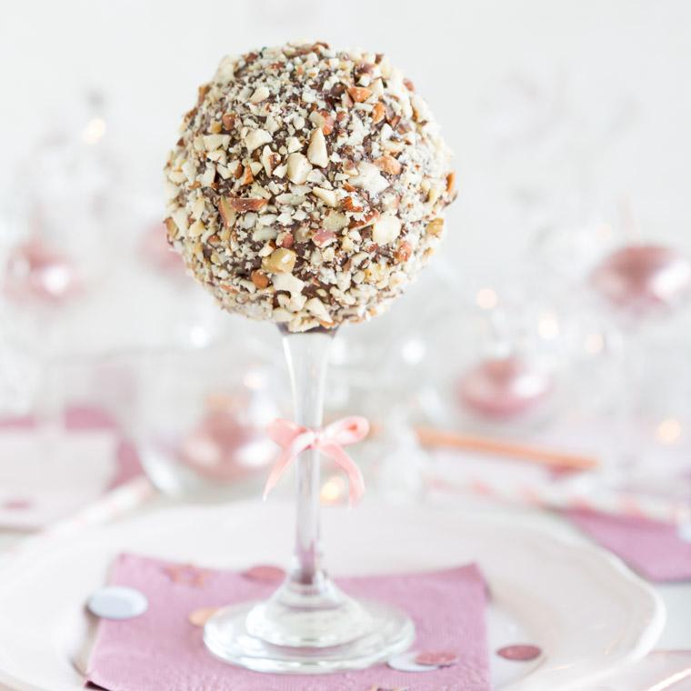 cake-pops-pa-glasfot-av-anna-winer-03-jpg.jpg