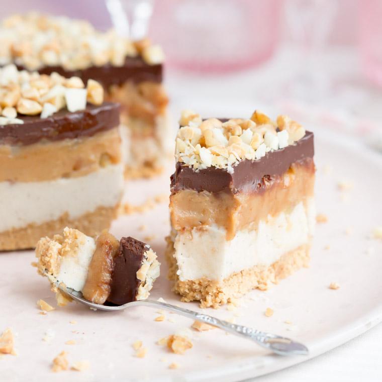 no-bake-nottarta-glutenfri-vegansk-och-utan-socker-av-anna-winer-04-jpg.jpg