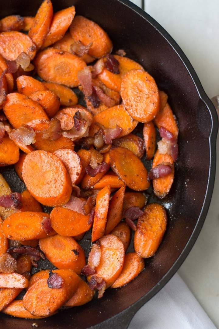 Fixed on Fresh - Quick and Easy Maple Bacon Carrots {Healthy Sides Recipe, Paleo, No Sugar Added}