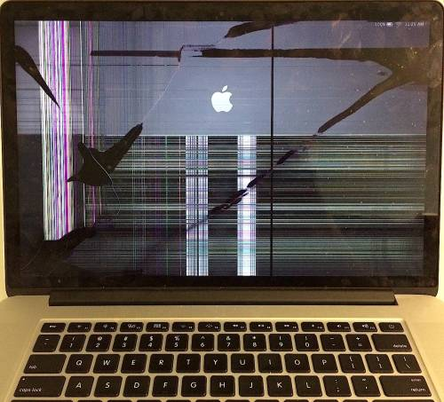 MACBOOK PRO 13 RETINA WITH BROKEN SCREEN BRING IT FOR REPAIR TO PC MAC SPECIALIST IN LONDON SAME DAY REPAIR