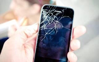 Phone with broken screen repaired in London