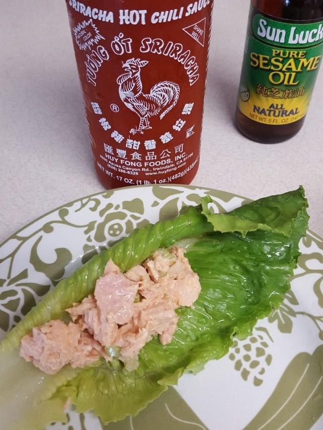 spicy tuna siracha and sesame oil