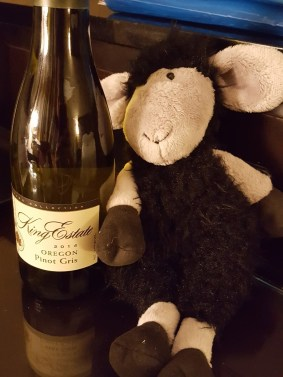 pinot-gris-and-black-sheep