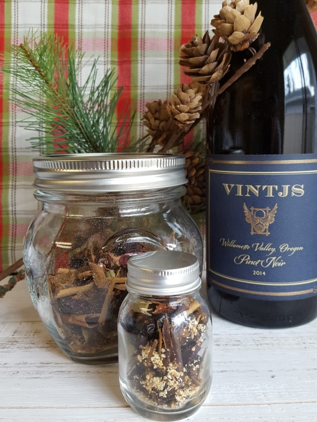 mulling-spices-with-wine