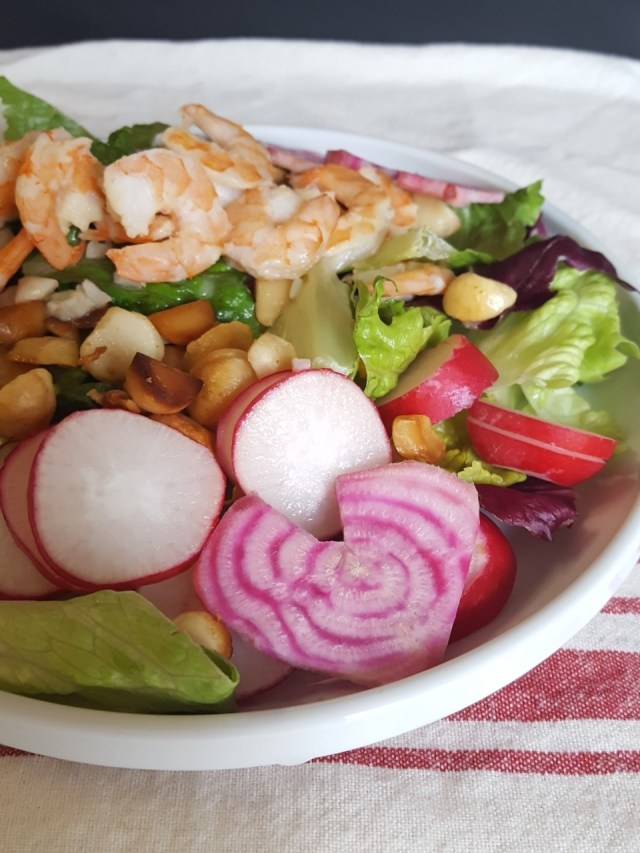 macadamia lemon shrimp salad