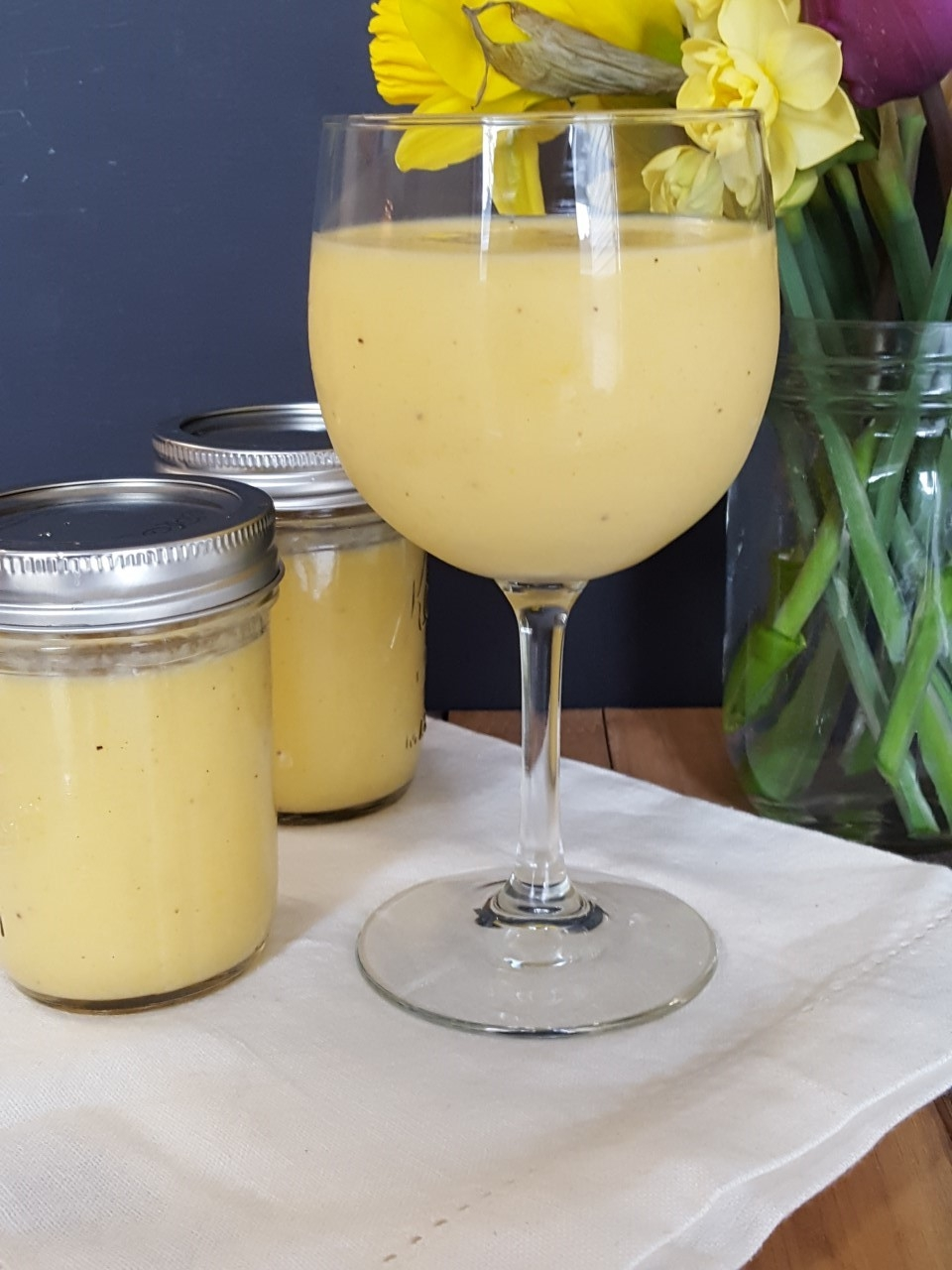 Healthy Pineapple Mango Smoothie