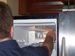 Refrigerator icemaker repair service to Chicago and Suburbs