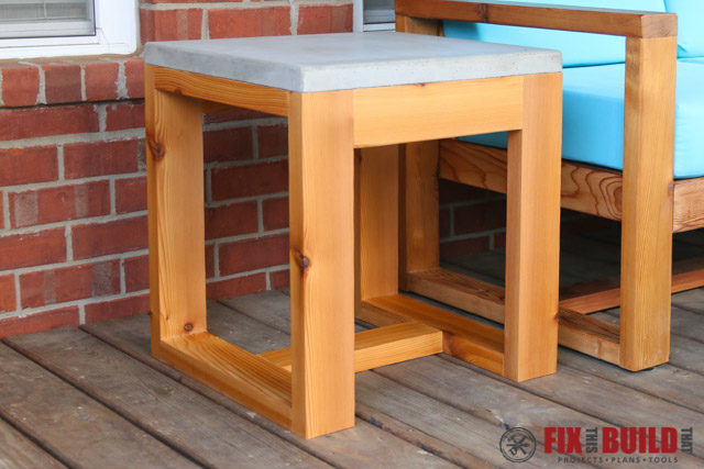 diy outdoor side table 2x4 and