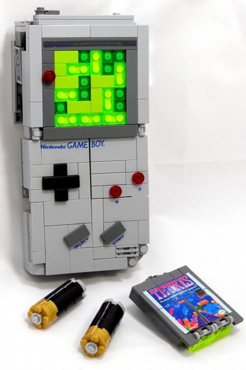 Game boy lego transformer