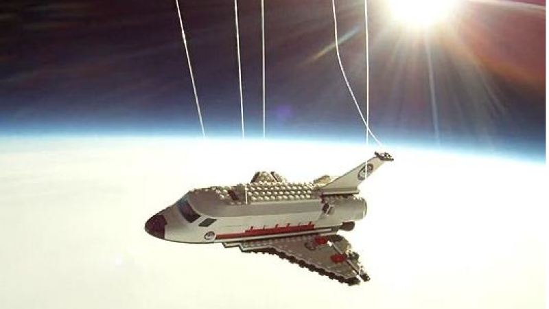 Legos in space Video