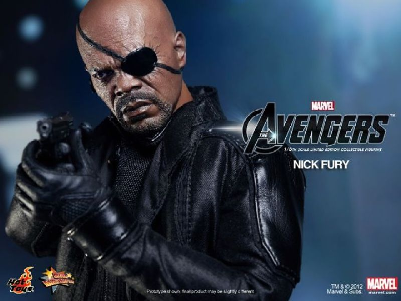 THE AVENGERS - Hot Toys Nick Fury Collectible Action Figure