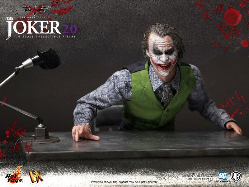 Hot Toys Releases Joker (3)