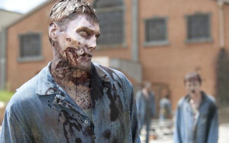 WALKING DEAD Season 3 - New Zombie Photos