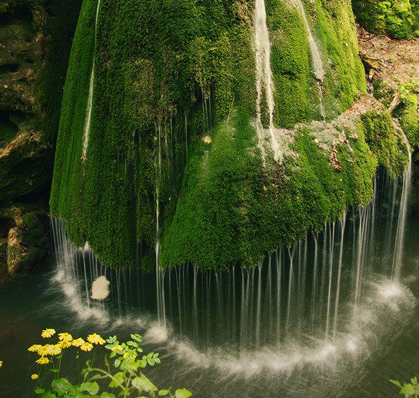 stunning waterfalls (1)