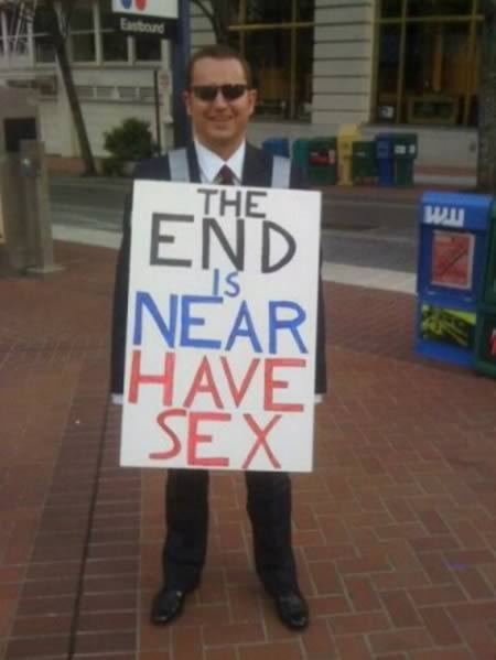 Hilarious End Of The World Signs (8)