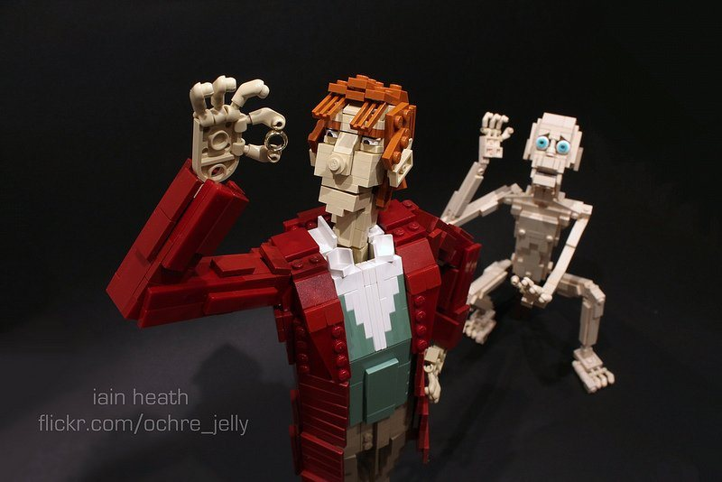 These Bilbo and Gollum figures designed by Ochre Jelly