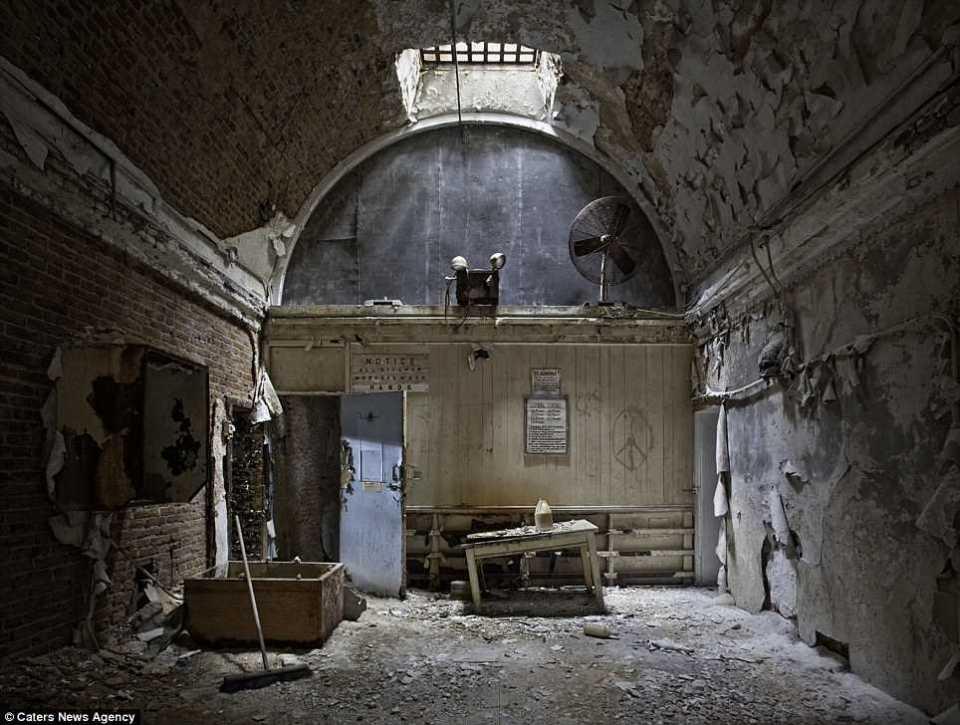 old creepy buildings