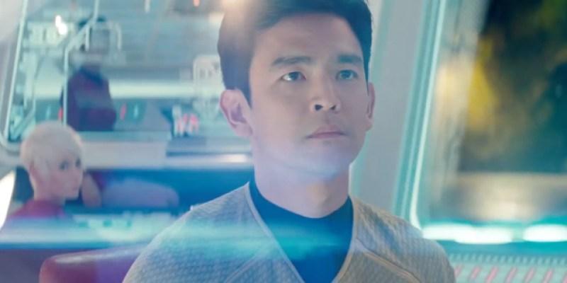 J.J. Abrams Apologizes for Excessive Lens Flares in 'Star Trek'