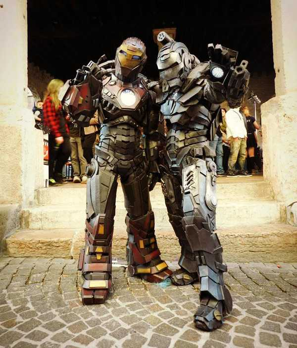 http://blacklink2811.deviantart.com/art/Cosplay-of-Ultimate-Iron-Man-403324360