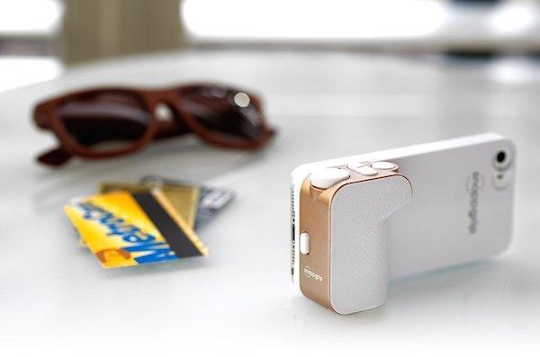 Snappgrip-iPhone-Camera-Controls