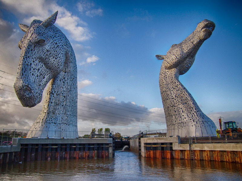 the-kelpies-giant-horse-head-sculptures-the-helix-scotland-by-andy-scott-8