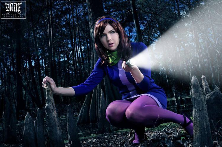 Daphne Cosplay by Tracy Collins (5)