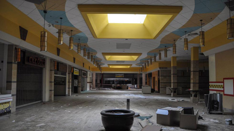 randall-park-mall-abandoned-ohio-by-seph-lawless-5