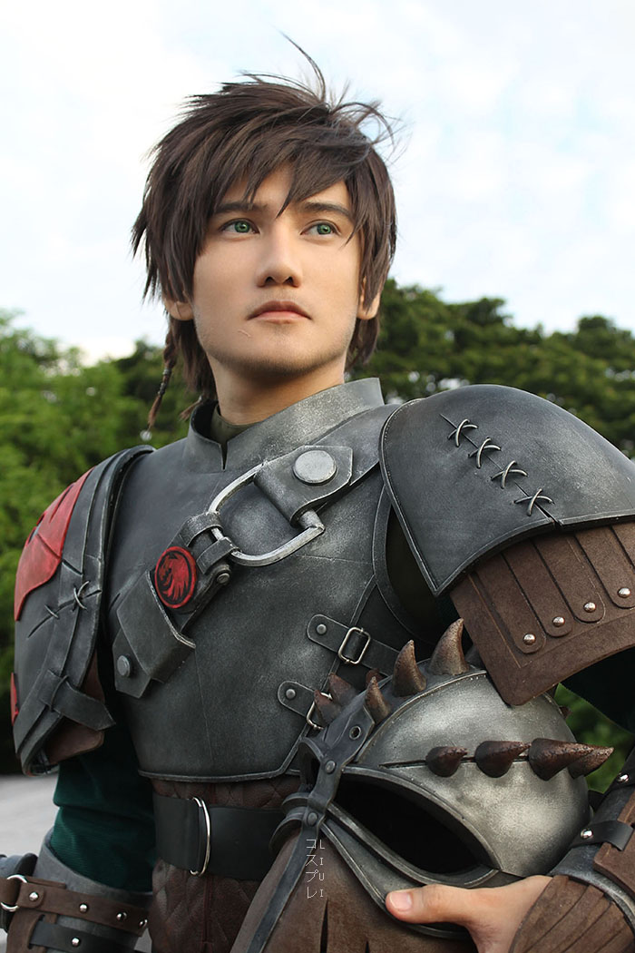 incredible-how-to-train-your-dragon-2-hiccup-cosplay