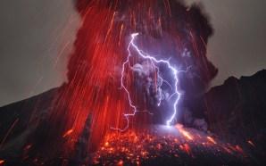 Sakurajima Yanardağı Nükleer Santrallerden 50 km Uzaklıkta Patladı