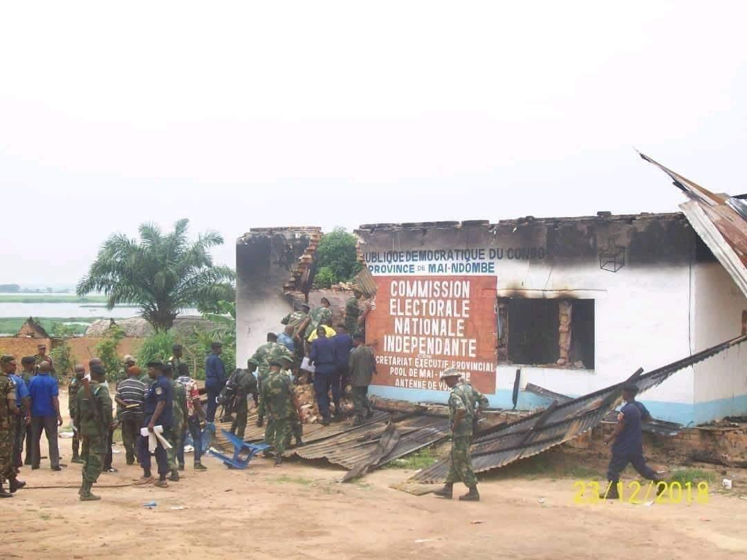 Election-RDC : Encore une mise en scène. La direction CENI de Mai-Ndombe en feu.