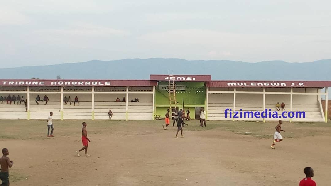 FIZI-BARAKA : vue d'ensemble du stade MAENDELEO