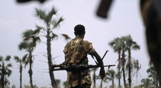 UVIRA -RDC : LA MILICE KIHEBE REND LES ARMES.